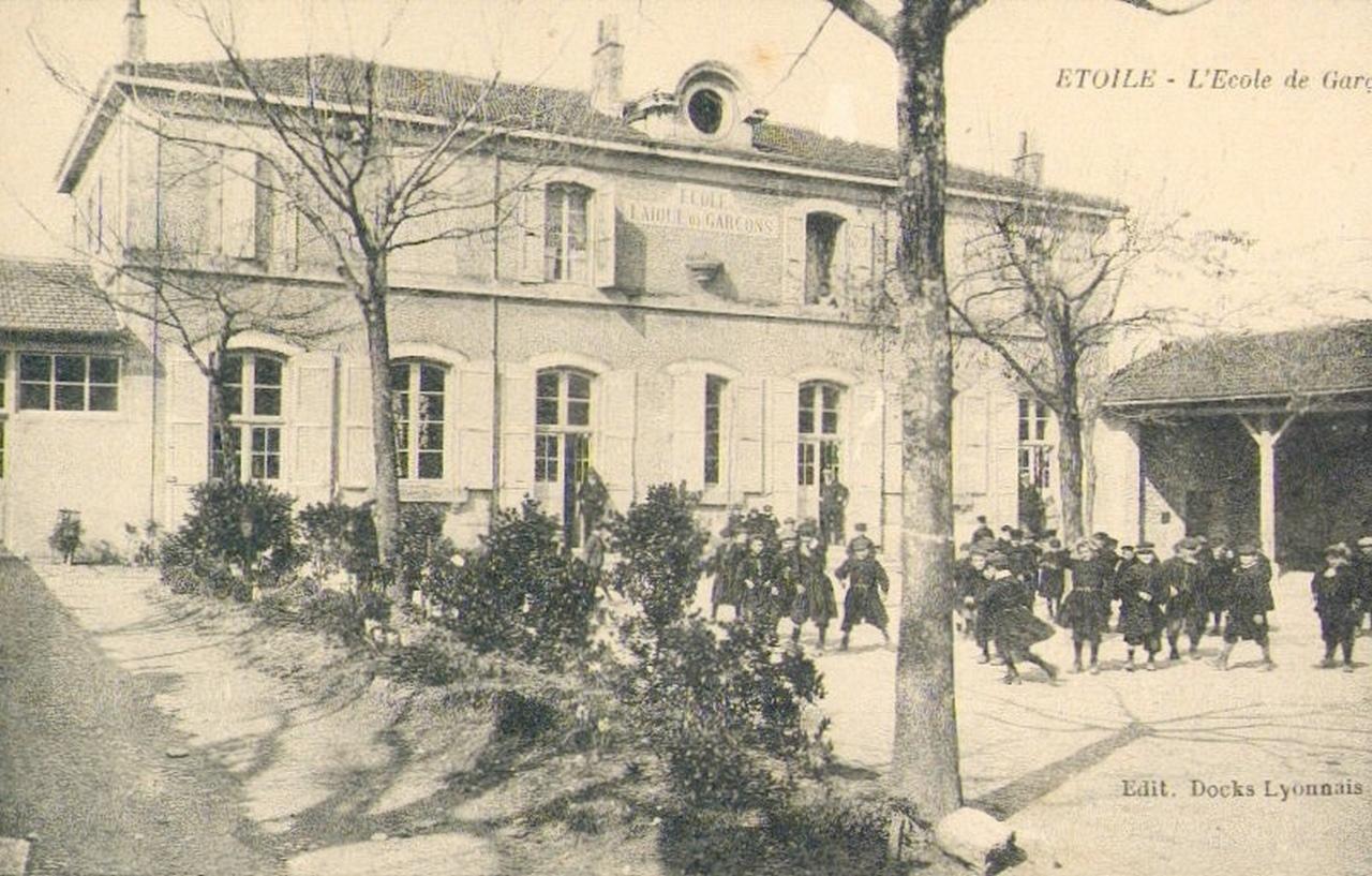 Crèche Nos Petites étoiles à Lyon Rhône Pour La Garde D