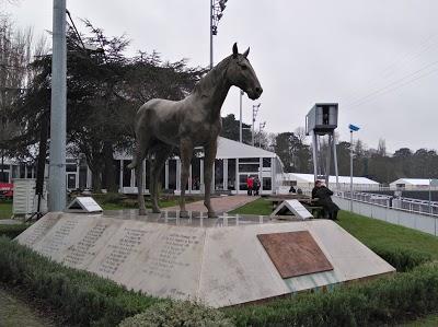Logo Hippodrome de Vincennes