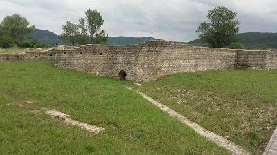 Logo Site archéologique d'Alba-la-Romaine